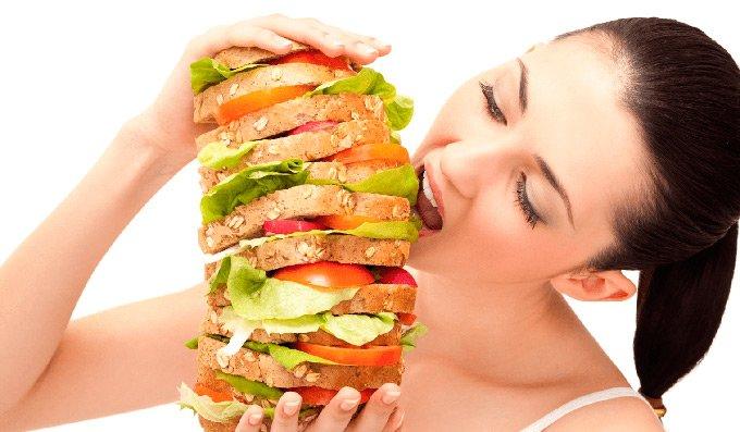 Что делать, если после еды тяжесть в желудке и отрыжка воздухом? Какие лекарства принять?