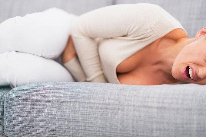 Тяжесть и боль в желудке - какие лекарства можно принять?