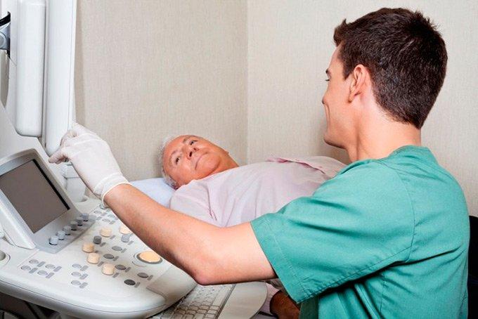 Хронический панкреатит у мужчин: признаки, симптомы и лечение