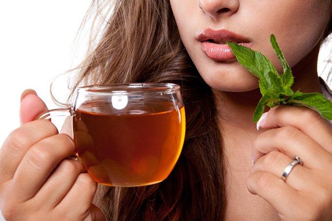 Можно ли пить отвар шиповника при панкреатите? Его польза и противопоказания